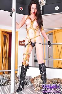 Hot transsexual Suzuki posing her huge hard cock