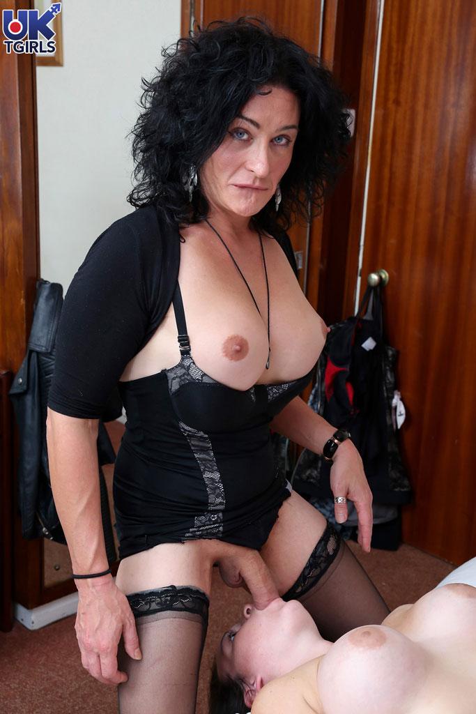 Порно-фото.зрелые трансики