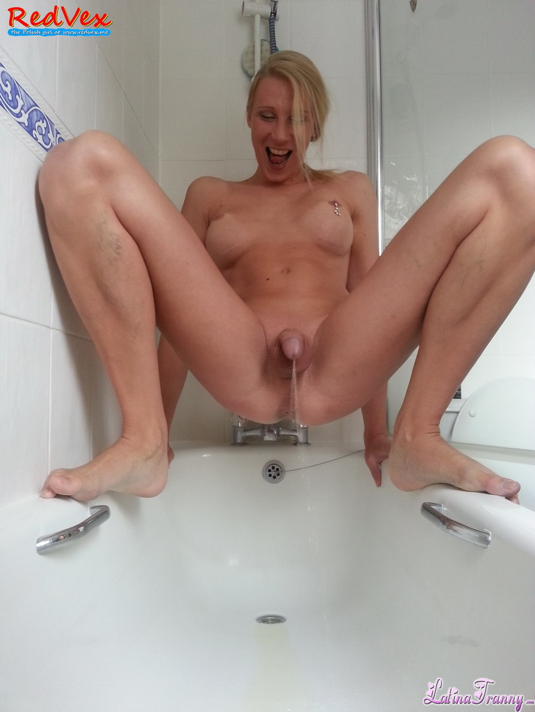 Variant girls peeing in the bath ideal answer