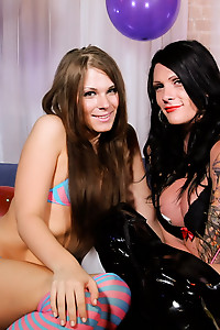 Hot and horny Morgan Bailey playing with Ashley George