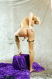 TS Blondie Johnson bending over