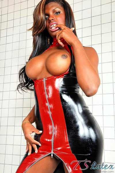 Tranny Latex Gallery 34