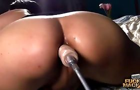 Teight Jiana fucking machine