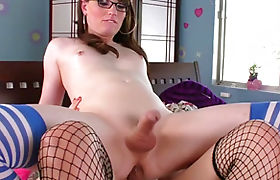 Shemale Natalie Mars get anal reamed by ts Isabella Sorrenti