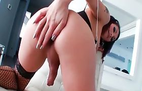 TS Eva Lin fucks her sweet ass