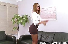 Hot shemale secretary Gabrielli masturbates in her office