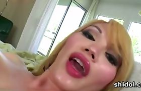 Tranny Eva Lin stuffing butt hole with big toys
