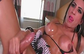 Huge boobs tranny Sabrina Camargo masturbates until she cums