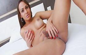 Huge tits TS Lavany Bittencourt strokes her hard cock