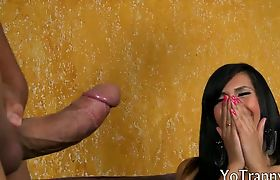 Huge hooters tranny screwed in her juicy ass on the couch