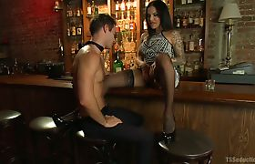 TS Foxxy Serves him a drink