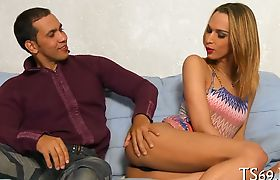 Cock-sucking organized by a tranny