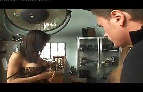 Sexy Luana Varella getting Handjob