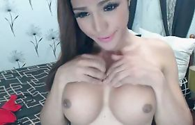 Cute Shemale Plays with her Dildo