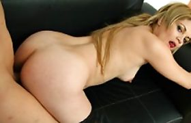 Horny tranny Tania screwing a tight cock starved coochie