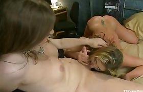 Tiffany Starr opening Sheena Shaw Pussy