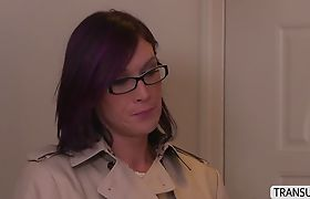 Tranny River gives pleasure to MILF Erica in cross gender sex
