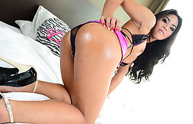 TS babe Candy shows whos hot in a sweet sensational anal fuck