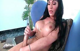 TS Mia Isabella beats her whopping tool